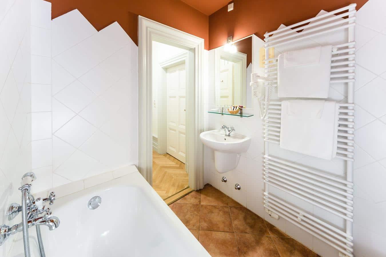 Pálfalvi Addiktológiai Centrum - fürdőszoba