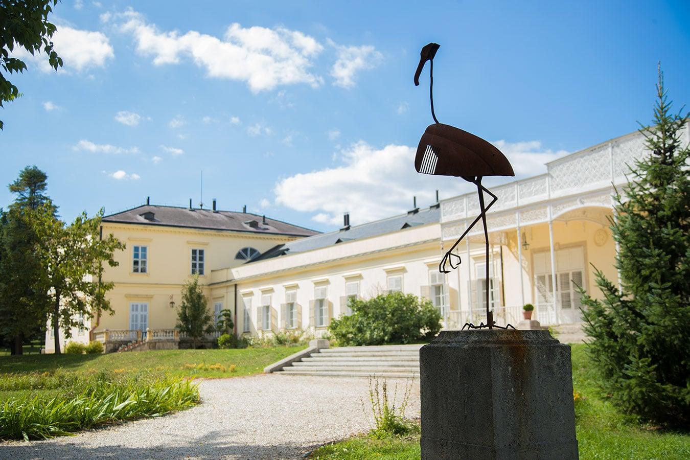Pálfalvi Addiktológiai Centrum - szobor